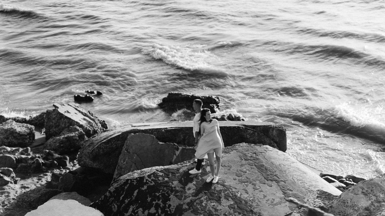 Priešvestuvinė poros fotosesija prie jūros. Lina ir Tomas