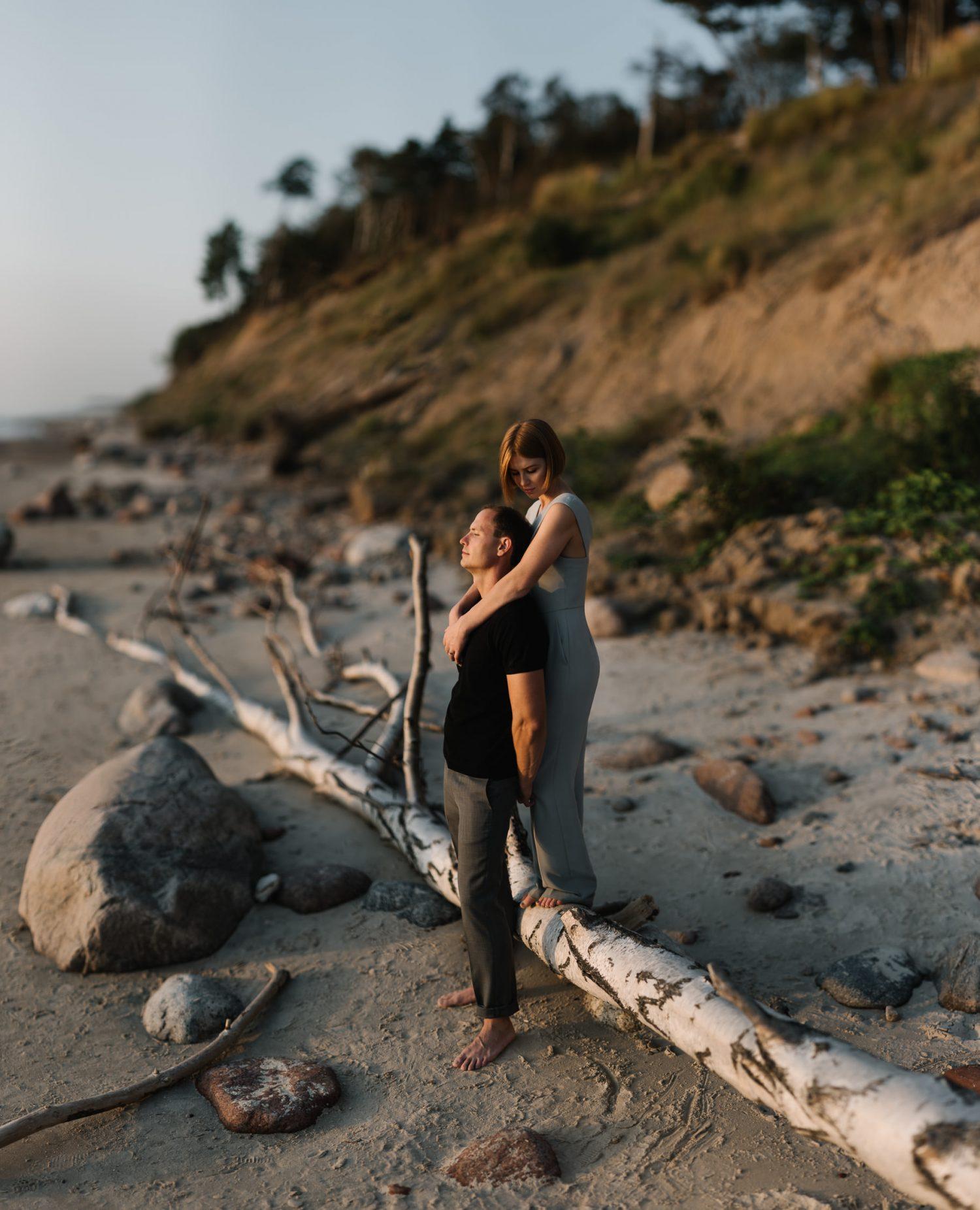 Ramuma ir tyla paplūdimyje prie Olando kepurės. Dovilės ir Vyganto portretas