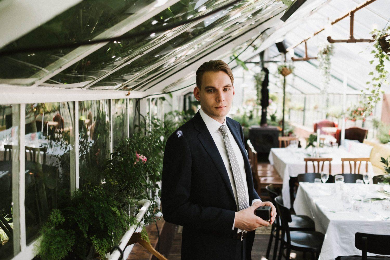 Pauliaus portretas prieš ceremoniją, Panama Food Garden vestuvės