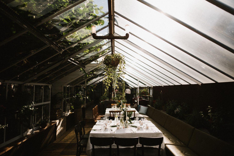 Ypatingai jaukiai vestuvių vakarienei paruoštas Panama Food Garden šiltnamis